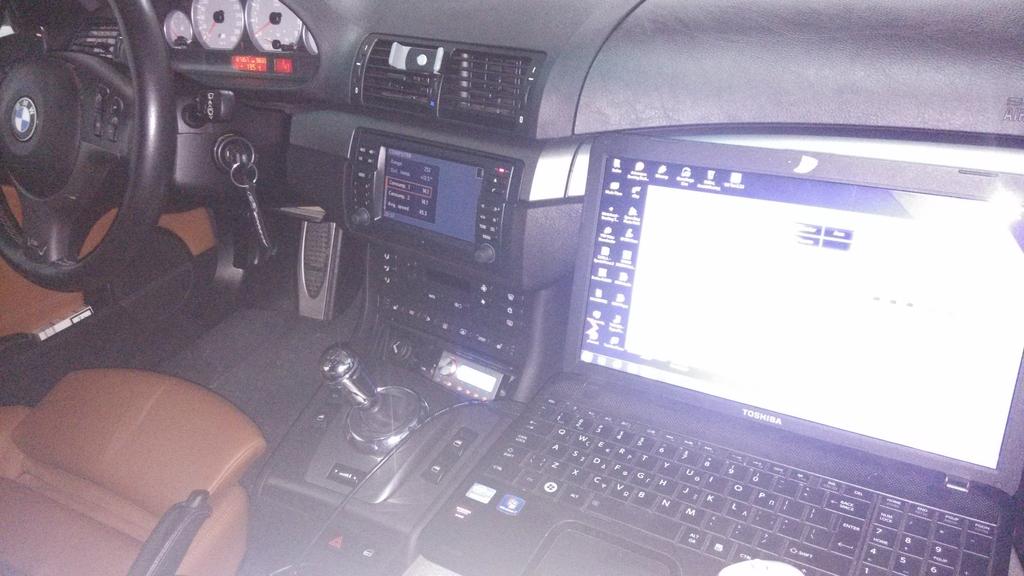 μπορώ να συνδέσω έναν ενισχυτή στο εργοστασιακό μου ραδιόφωνο Ταχύτητα χρονολογίων στη Νίκαια Γαλλία